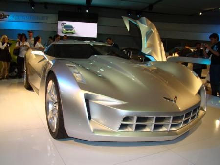 Chevy Motor on Chevy Stingray Concept