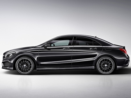 Mercedes-Benz-CLA-Edition-1-Side