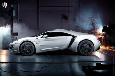 W-Motors-Lykah-Hypersport-Official-Side